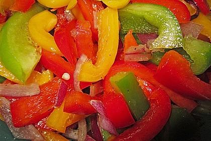 Paprika - Zwiebel - Salat 2