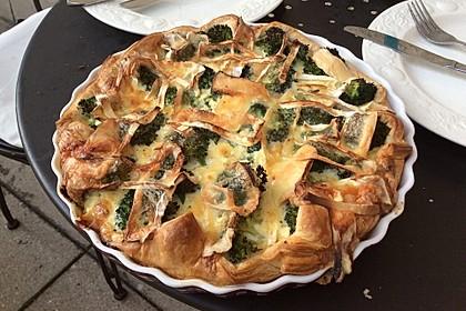 Blätterteig - Quiche mit Brokkoli und Camembert 11