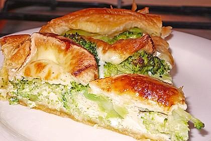 Blätterteig - Quiche mit Brokkoli und Camembert 4