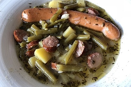 Frische grüne Bohnensuppe
