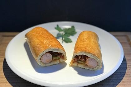 Gebackene Hotdogs (Bild)
