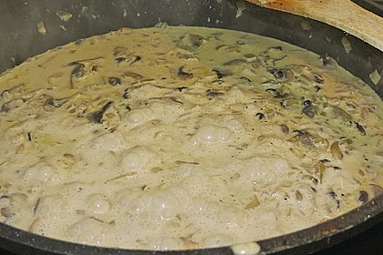 Putenschnitzel mit Champignonkruste überbacken 33
