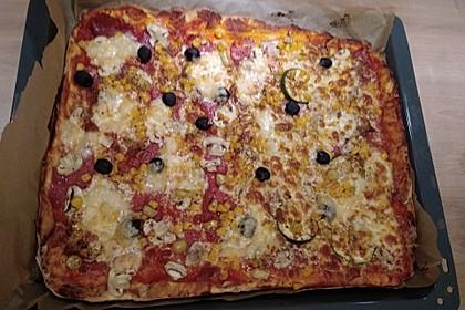 Marinas Pizzateig mit Backpulver 41