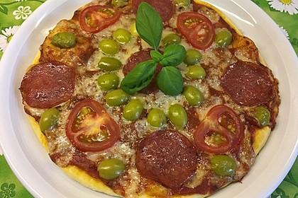 Marinas Pizzateig mit Backpulver