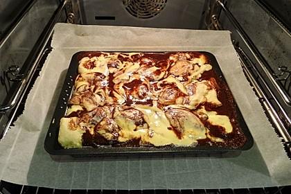 Cinnamon Roll Cheesecake 15