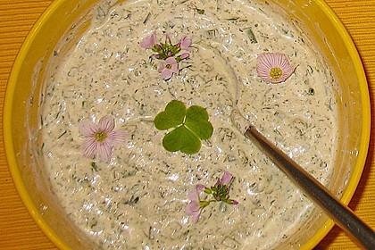 Lachsforelle mit Frankfurter Grüne Sauce und kleinen Schwenkkartoffeln 4