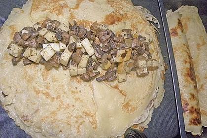 Gratinierte Pfannkuchen mit Käse - Champignonfüllung 7
