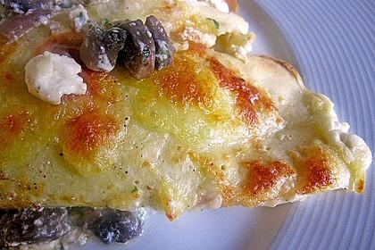 Gratinierte Pfannkuchen mit Käse - Champignonfüllung 4