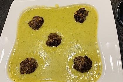 Zucchinicremesuppe mit Hackbällchen (ohne Kohlenhydrate) 6