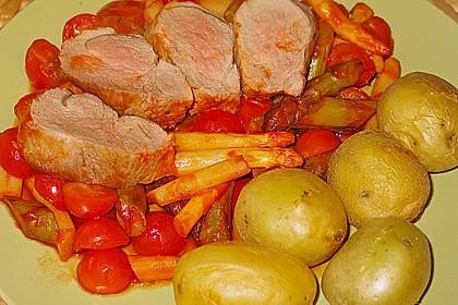 Filet mit Tomaten-Spargel-Ragout