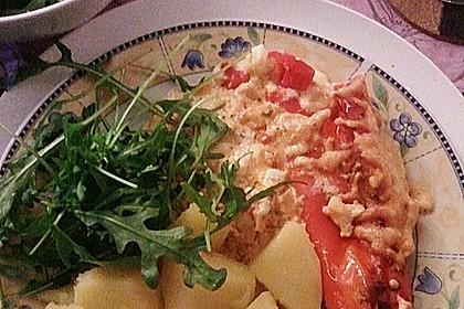 Überbackene Spitzpaprika mit Käsefüllung 56