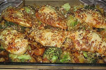 Überbackene Hähnchenfilets mit Nusskruste an Brokkoli und Pfirsich 1