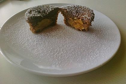 Schokoladen - Muffins mit Erdnussbutterkern 13