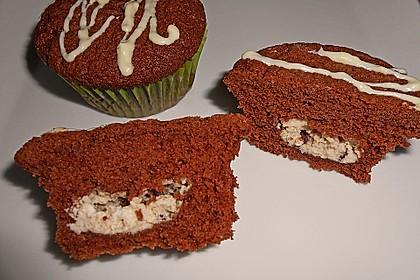 Schokoladen - Muffins mit Erdnussbutterkern 11