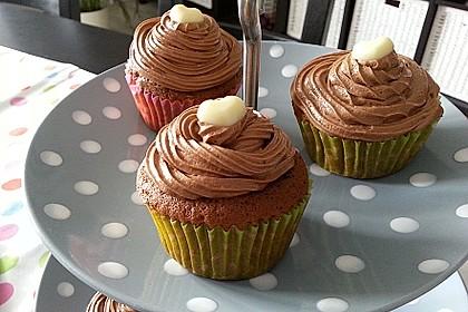 Schokoladen - Muffins mit Erdnussbutterkern 4