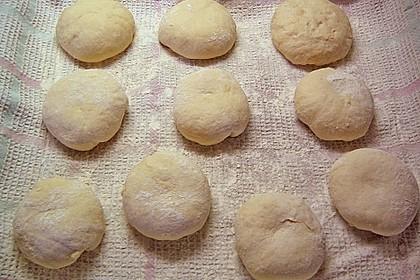 Kartoffel - Rosenbrötchen mit Dinkel 51