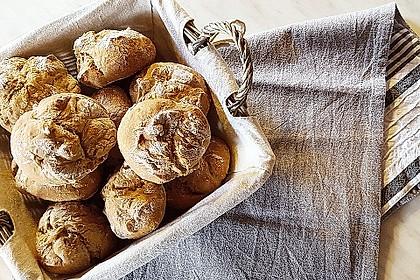 Kartoffel - Rosenbrötchen mit Dinkel 5