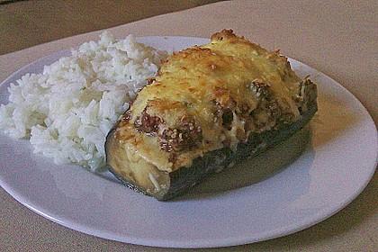 Gefüllte Aubergine mit Käse überbacken 1