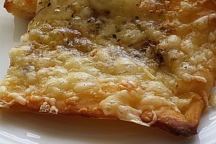 Roros geniale und weltbeste Knoblauchpizza 21