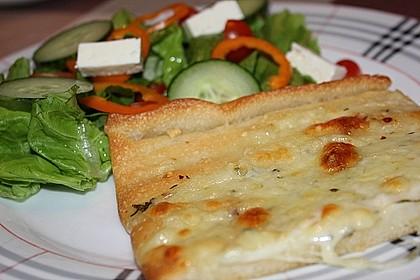Roros geniale und weltbeste Knoblauchpizza 13