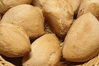 Italienische Rosmarin - Brötchen mit Weizensauerteig (Bild)