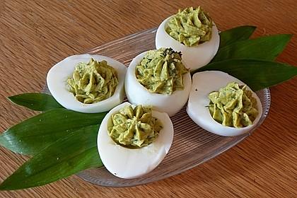 Gefüllte Eier mit Bärlauch