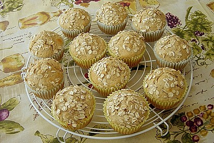 Muffins mit Banane und Aprikosen
