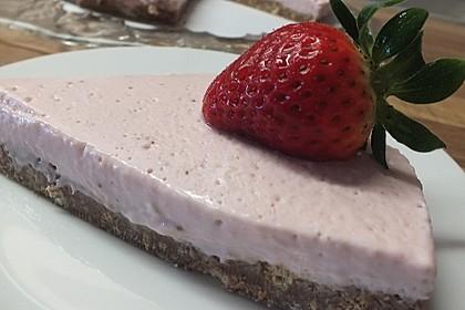 Erdbeer - Torte mit Knusperboden 5