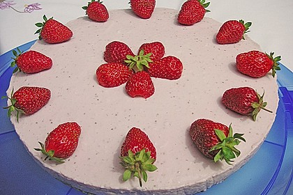 Erdbeer - Torte mit Knusperboden 4