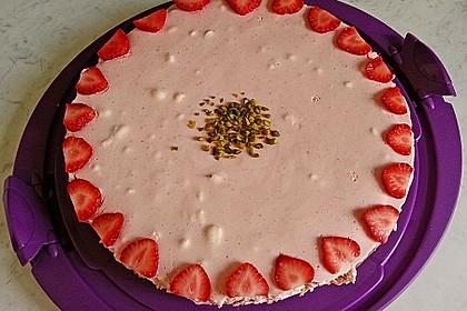 Erdbeer - Torte mit Knusperboden 6