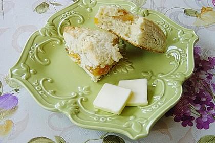 Scones mit Aprikosen und Frischkäse 2
