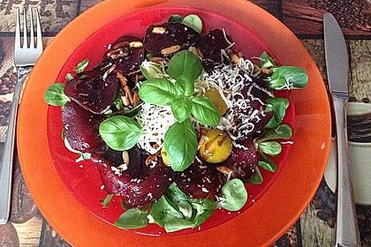 Rote Bete Salat mit Schafkäse & Balsamico - Dressing 9