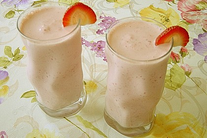 Leckerer Erdbeer - Vanille - Milchshake 1