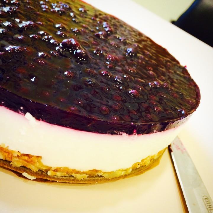 Blaubeer Frischkase Torte Mit Crunchyboden Von Luckytina Chefkoch De