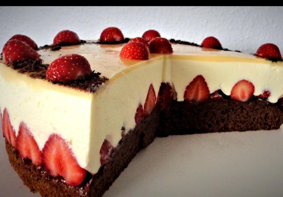 Erdbeer Schoko Torte Mit Eierlikorspiegel Von Rocky73 Chefkoch De