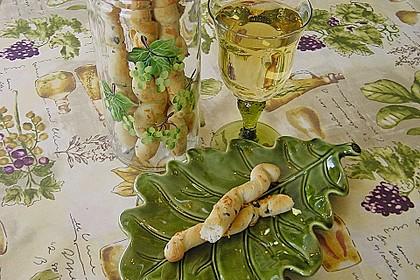 Oliven - Kräuter - Parmesan Breadsticks 3