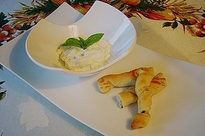 Oliven - Kräuter - Parmesan Breadsticks 8