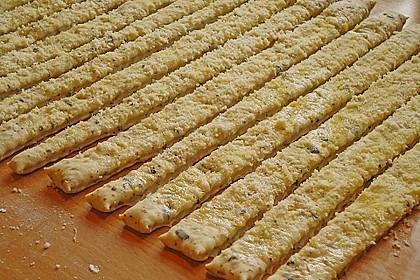 Oliven - Kräuter - Parmesan Breadsticks 14