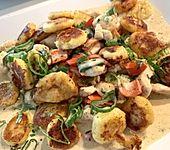 Gnocchipfanne mit Putenstreifen in Weißwein - Schmelzkäsesoße (Bild)