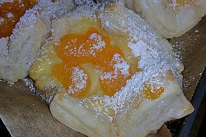 Schnelle Blätterteig - Vanillepuddingteilchen 16