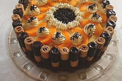 Pfirsich-Eierlikör Torte mit Knusperrand 1
