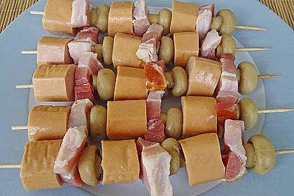 Gegrillte Champignon-Bratwurst Spieße 7