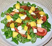 Scharfer Feldsalat mit Curry - Mangodressing (Bild)