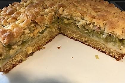 Rhabarberkuchen mit Vanillecreme und Streusel 100