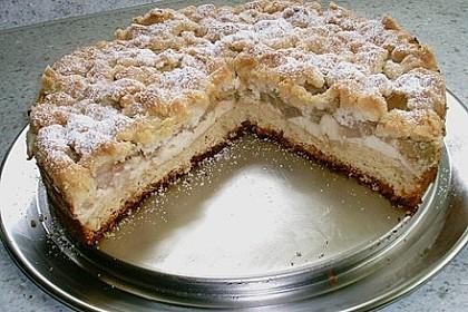 Rhabarberkuchen mit Vanillecreme und Streusel 212