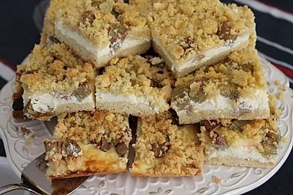 Rhabarberkuchen mit Vanillecreme und Streusel 45
