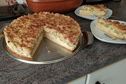Rhabarberkuchen mit Vanillecreme und Streusel 19