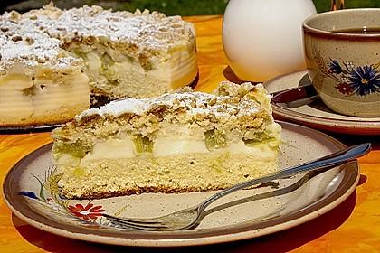 Rhabarberkuchen mit Vanillecreme und Streusel 24