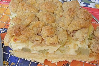 Rhabarberkuchen mit Vanillecreme und Streusel 150