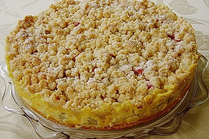 Rhabarberkuchen mit Vanillecreme und Streusel 7